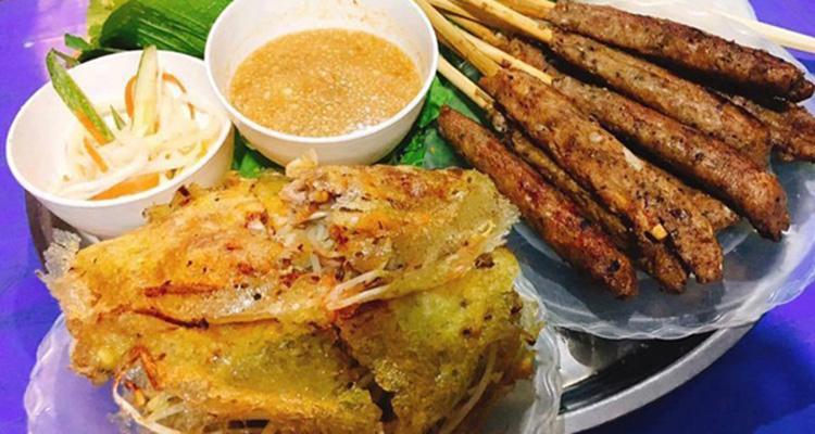 Ăn vặt hồ Tây bánh xèo Nam Bộ