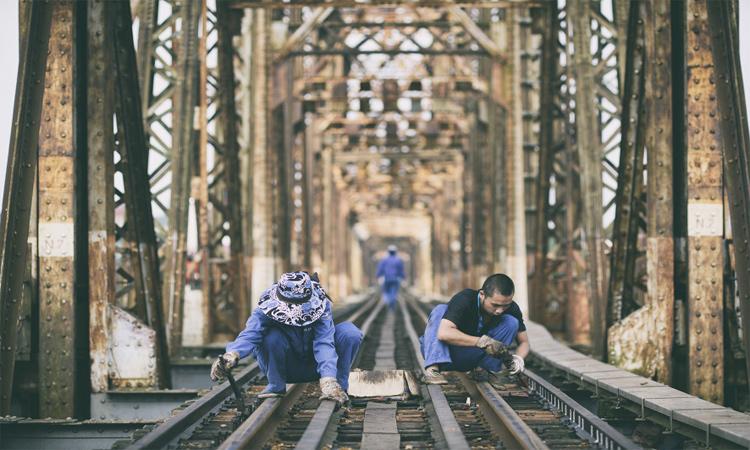 Cầu Long Biên Hà Nội sửa đường