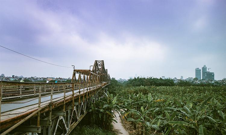 Cầu Long Biên Hà Nội bình dị