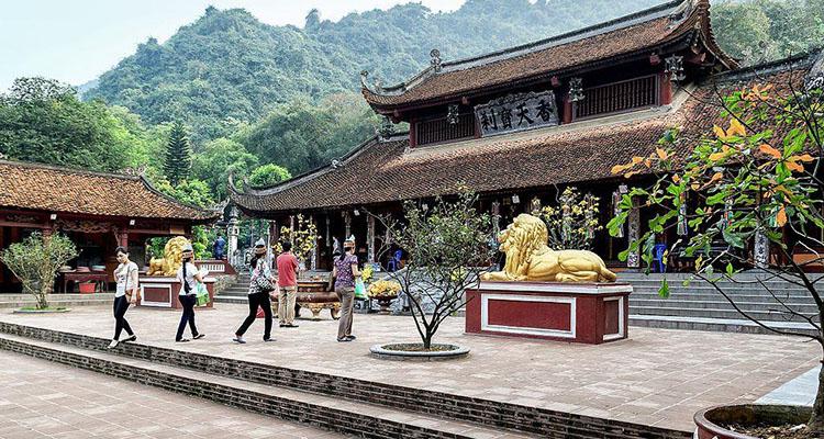 Chùa Thiên Trù tại chùa Hương Hà Nội