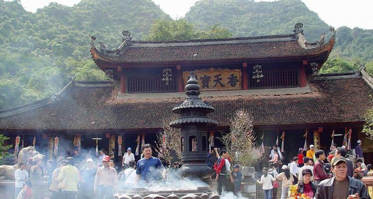 Đi chùa Hương thăm chùa Thiên Trù