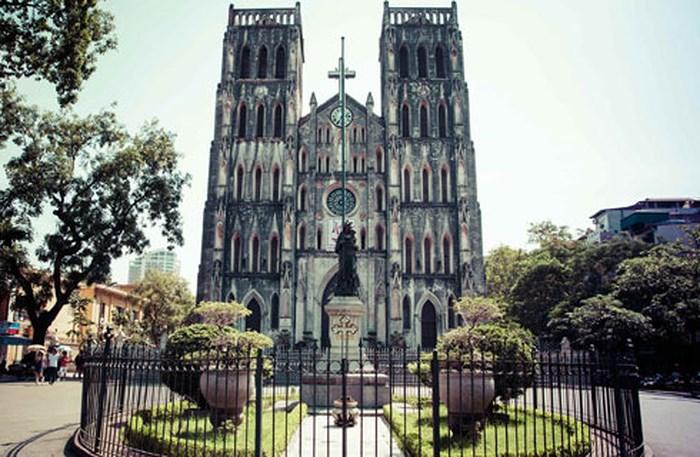 nhà thờ lớn địa điểm đi chơi cuối tuần ở hà nội