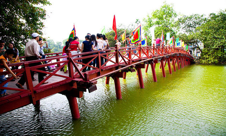 ảnh Hồ Gươm Hà Nội - cầu thê húc