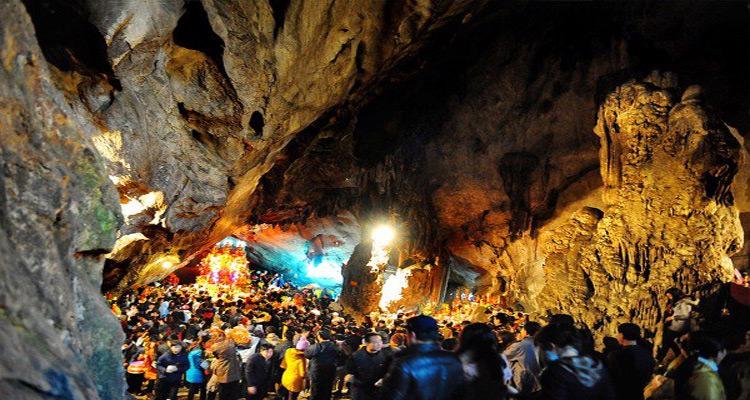 Kinh nghiệm đi chùa Hương 2019