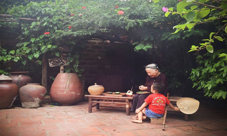 Giới thiệu về Làng cổ đường Lâm - truyền thống