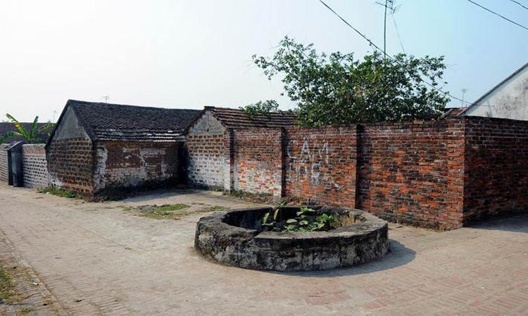 Giới thiệu về Làng cổ đường Lâm - giếng nước