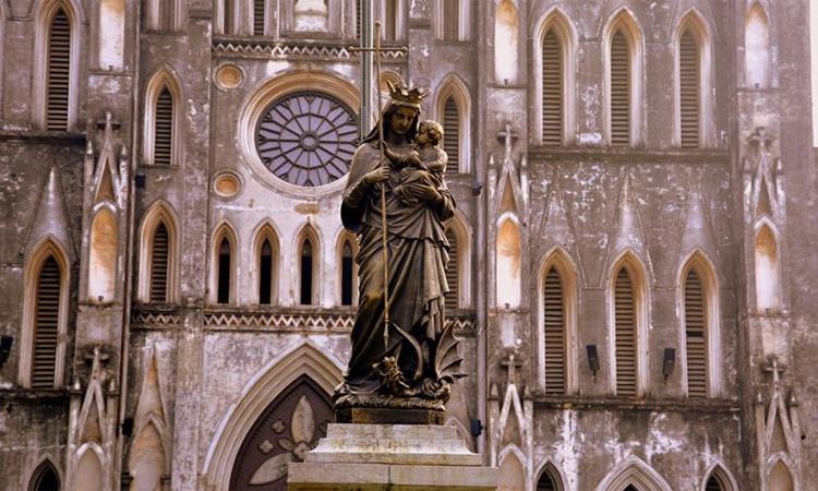 nhà thờ lớn hà nội tượng đức Mẹ