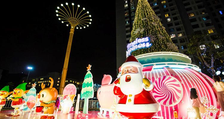 Giáng Sinh Royal City có gì