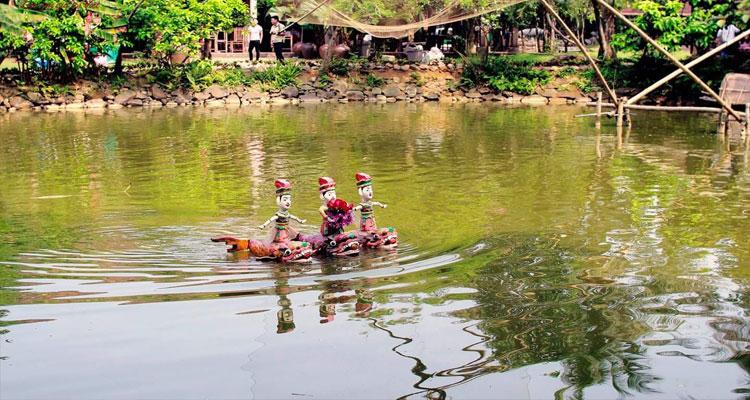 Khu Ao cá – Vạn chài – Rối nước ở Long Việt