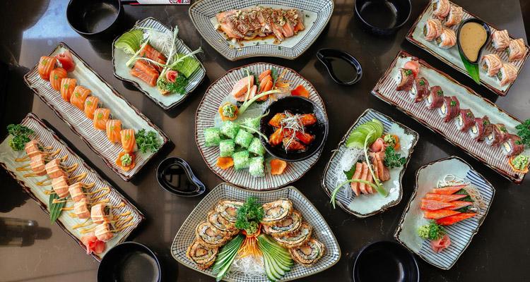 Ăn gì ở Vincom Nguyễn Chí Thanh sushi sashimi