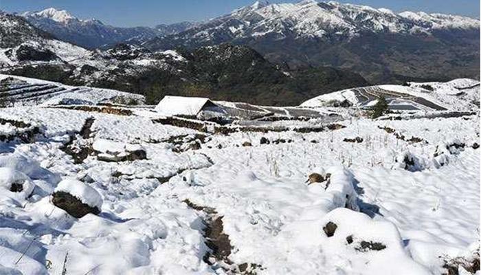Bãi đá cổ Sapa - tuyết mùa đông