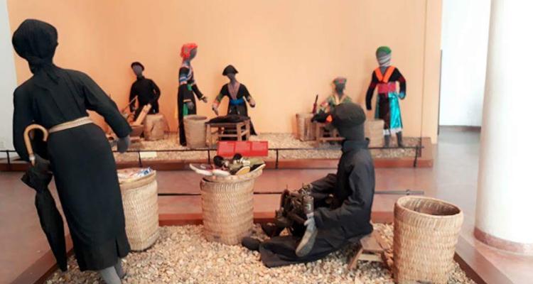Bảo tàng dân tộc học Việt Nam -phiên chợ