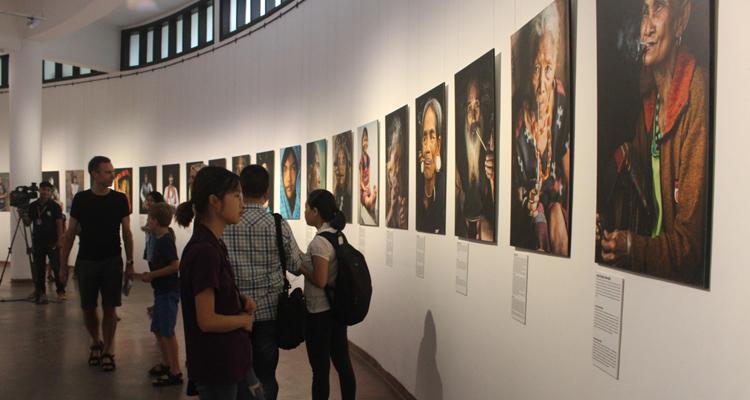 Bảo tàng dân tộc học Việt Nam - triển lãm ảnh