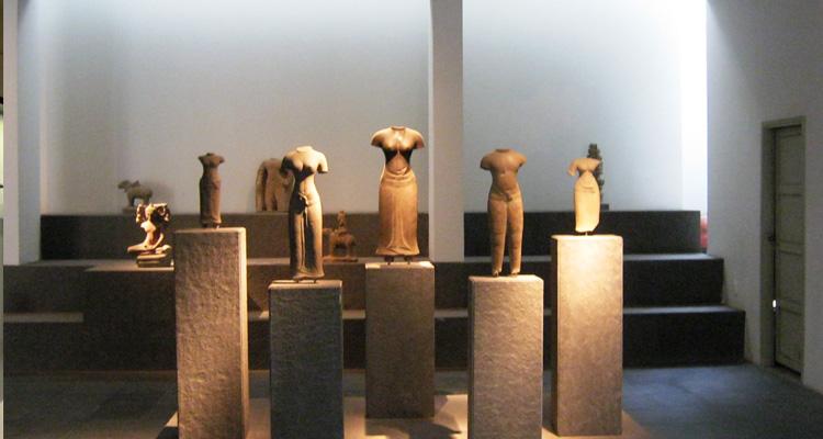 Đá Chăm ở Bảo tàng lịch sử Việt Nam