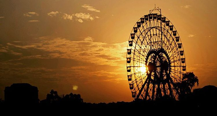 Bến Hàn Quốc vòng quay mặt trời