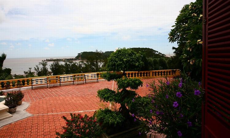 Biệt thự Bảo Đại - biển Đồ Sơn