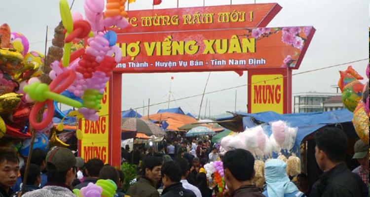 Chợ Viềng Nam Định năm mới