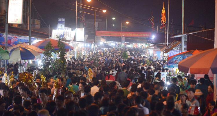 Chợ Viềng Nam Định buổi đêm