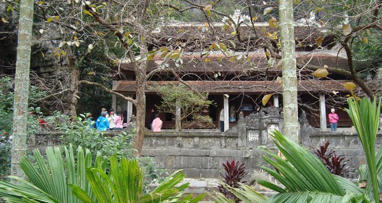 Chùa Bích Động chùa Hạ