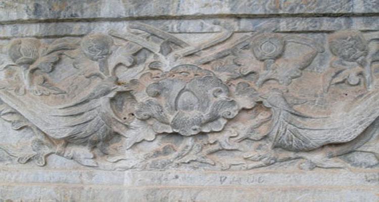 Nét kiến trúc cổ ở chùa Bút Tháp