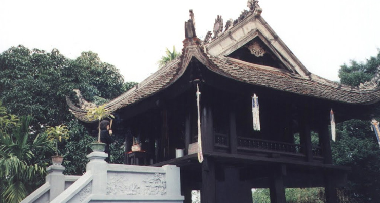 Giới thiệu chùa Một Cột 6