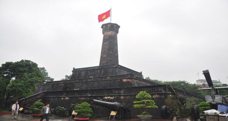 Công viên Lê Nin - Cột cờ Hà Nội