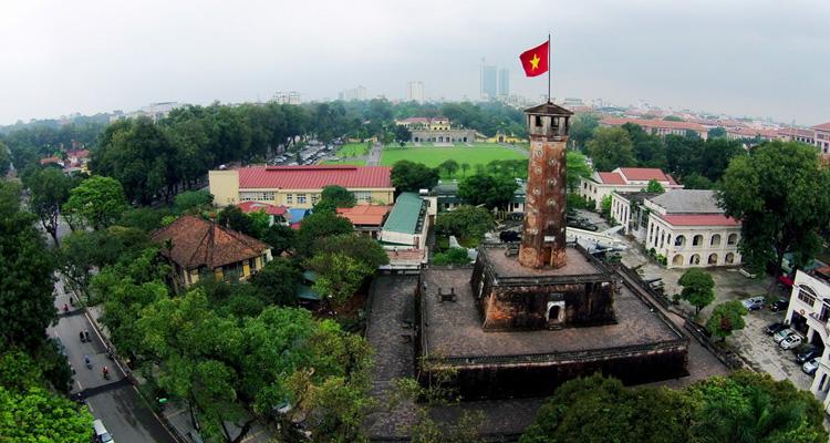 Cột cờ Hà Nội nhìn từ trên cao