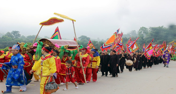 Lễ hội truyền thống đền Bảo Hà được tổ chức vào ngày 17 tháng 7 (Âm lịch) hàng năm.