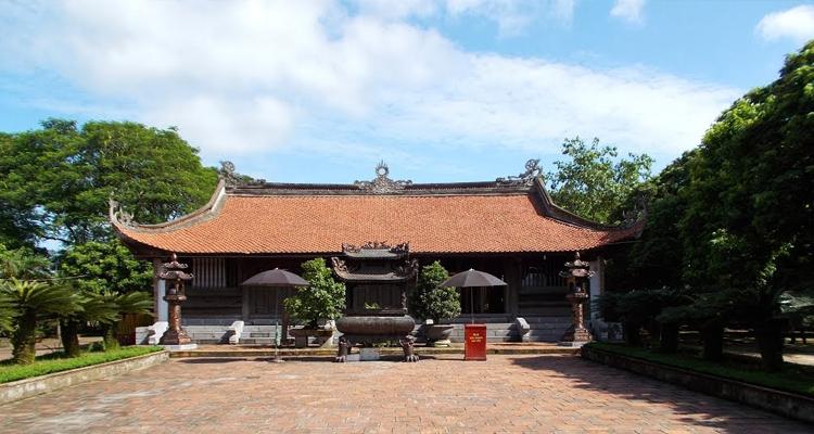 Đền Trần Thương tại Đền Trần Nam Định