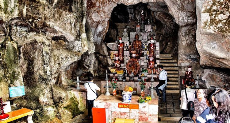 Đi chùa Hương thăm động Hương Tích