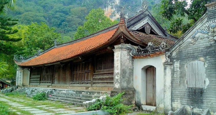 Đi chùa Thầy chùa Dưới