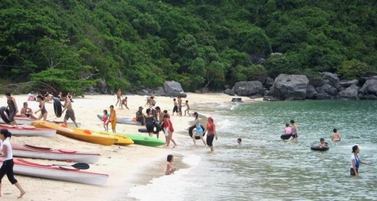 Du lịch Cát Bà tắm biển đảo Khỉ