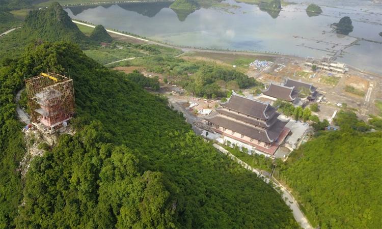 Hình ảnh chùa Tam Chúc - từ trên cao