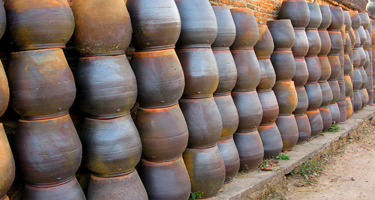 Làng gốm Phù Lãng là một trong những làng gốm nổi tiếng miền Bắc