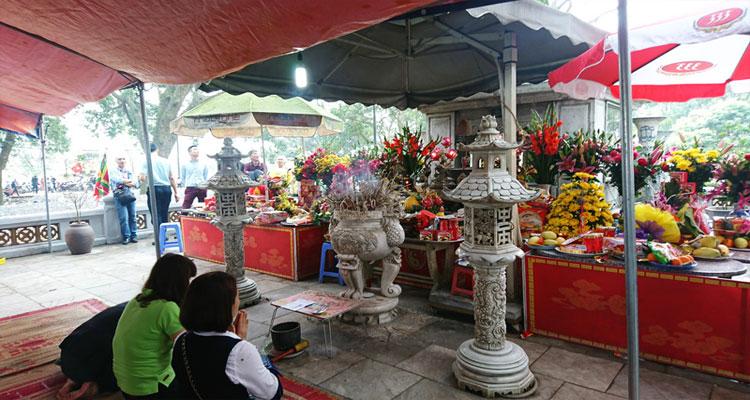 Kiến trúc lăng Kinh Dương Vương