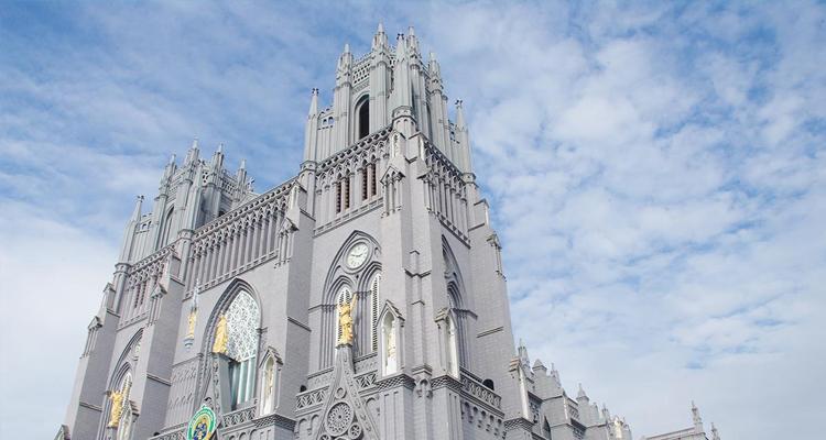 Nhà thờ đổ Hải Lý chơi gì