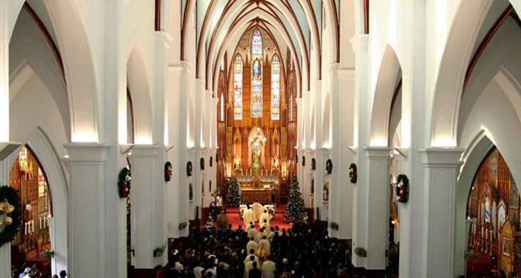 Kiến trúc nhà thờ Lớn