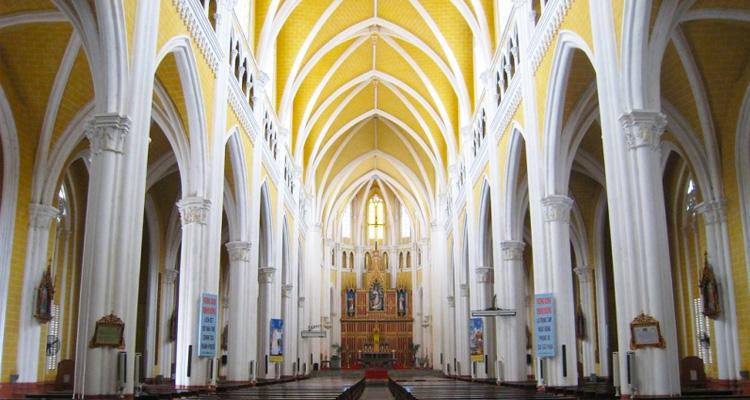 Nội thất Nhà thờ Phú Nhai