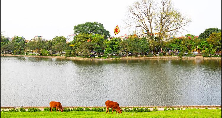 Hồ Bán Nguyệt Phố Hiến Hưng Yên