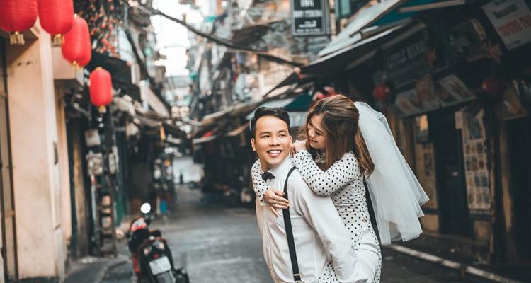 Chụp cưới tại Phố Tạ Hiện