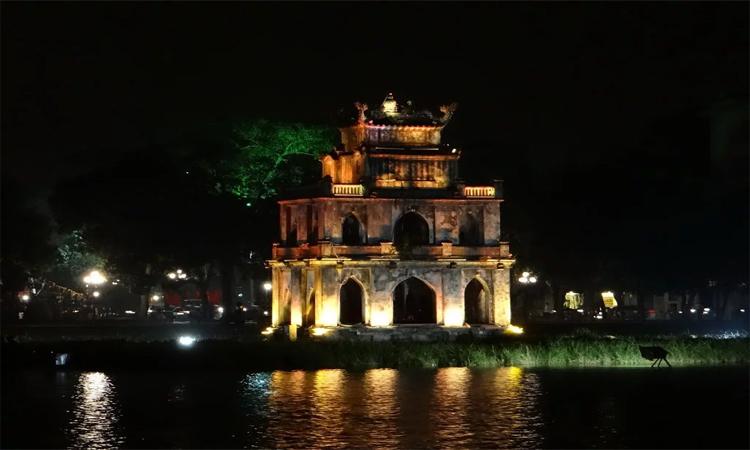Tháp Rùa Hồ Gươm về đêm