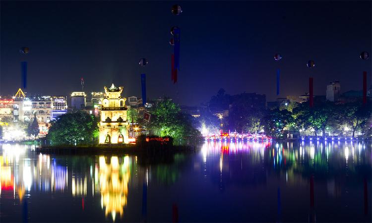 Tháp Rùa Hồ Gươm đêm xuống