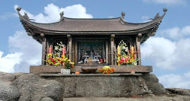 Các địa điểm du lịch gần Thiền viện Trúc Lâm Yên Tử