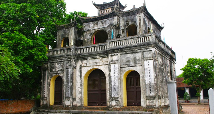 Cổng Nghi Môn Văn miếu Xích Đằng