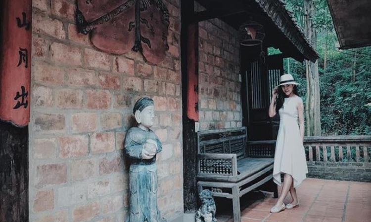 Việt Phủ Thành Chương- check in