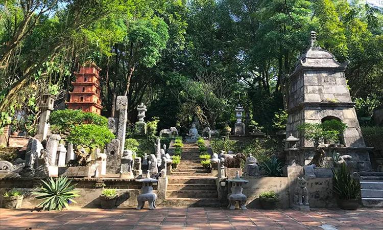 Việt Phủ Thành Chương - tháp