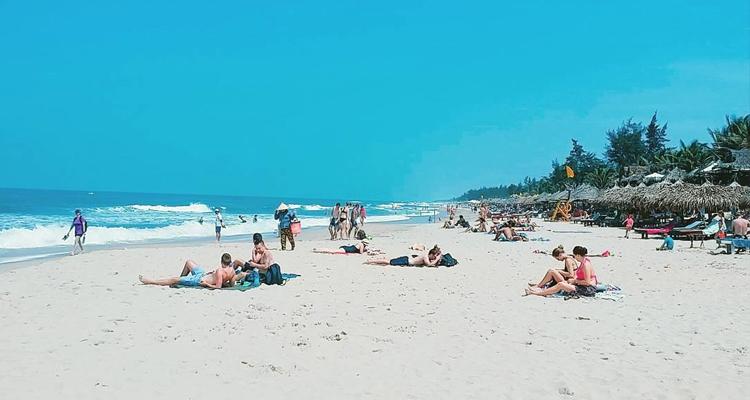 Bãi biển An Bàng 03