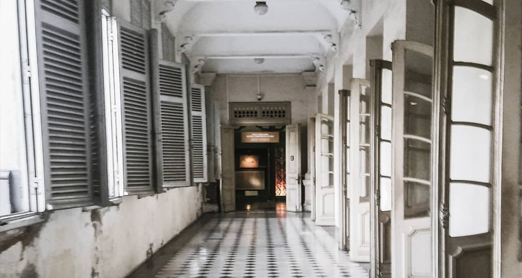 Bảo tàng Thành phố Hồ Chí Minh - hành lang