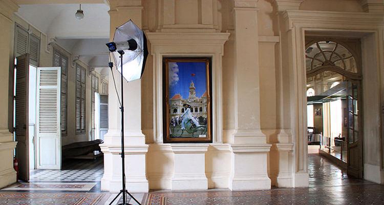 Bảo tàng Thành phố Hồ Chí Minh - sảnh