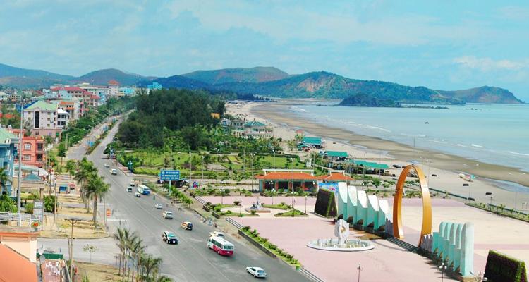 Bãi biển Cửa Lò đường ven biển